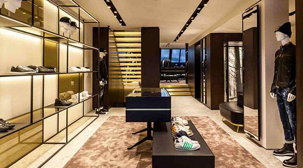 revista-magazine-escaparates-retail-design-dsquared2-store-vishopmag005