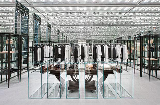 revista-magazine-visualmerchandising-flagshipstore-n21-retail-design-vishopmag-002