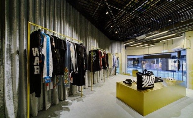 revista-magazine-hong-kong2-off-white-retail-design-vishopmag-003