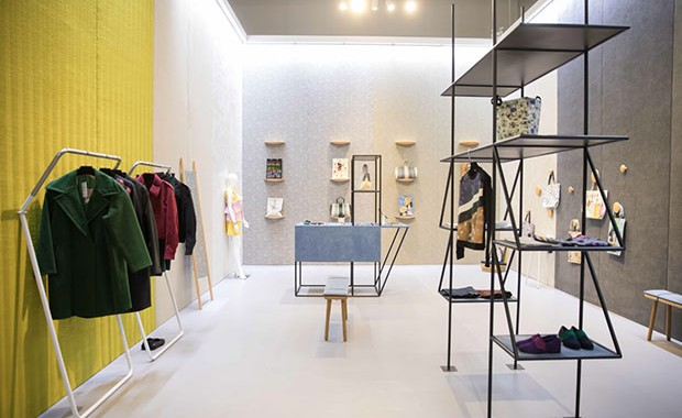 revista-magazine-escaparatismo-visualmerchandasing-retaildesign-alcantara-concept-store-vishopmag-0002