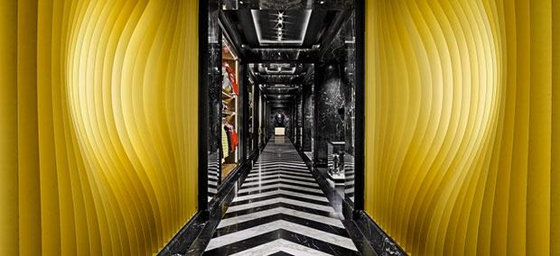 revista-magazine-escaparatismo-visualmerchandasing-retaildesign-moncler-retail-store-nyc-vishopmag-0002