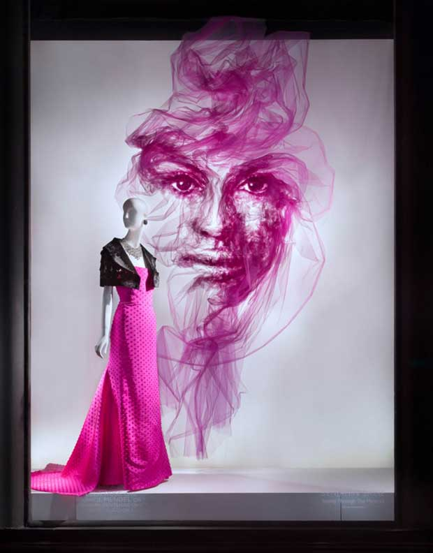 revista-magazine-escaparatismo-visualmerchandising-window-displays-bergdorf-goodman-benjamin-shine-vishopmag-0004