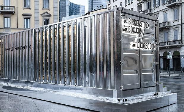 vishopmag-revista-escaparates-escaparatismo-visualmerchandising-retaildesign-tiendas-pop-upstore-corsocomo-container-birkenstock-003