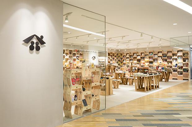 vishopmag-revista-escaparates-escaparatismo-visualmerchandising-retaildesign-tiendas-tohoku-standard001