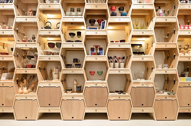 vishopmag-revista-escaparates-escaparatismo-visualmerchandising-retaildesign-tiendas-tohoku-standard002
