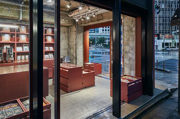 vishopmag-revista-escaparates-escaparatismo-visualmerchandising-retaildesign-tiendas-yagicho-schemata-architects-003