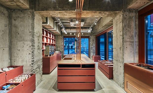 vishopmag-revista-escaparates-escaparatismo-visualmerchandising-retaildesign-tiendas-yagicho-schemata-architects-004