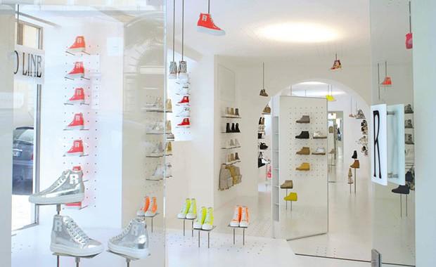 vishopmag-revista-escaparatismo-visualmerchandising-conceptstore-pop-up-store-retail-desing-flagship-store-ruco-line001