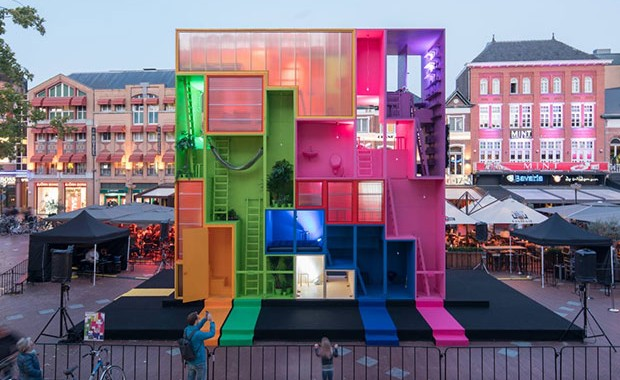 vishopmag-revista-escaparates-escaparatismo-visualmerchandising-retaildesign-alien-pop-up-store-dutch-design-week-001006