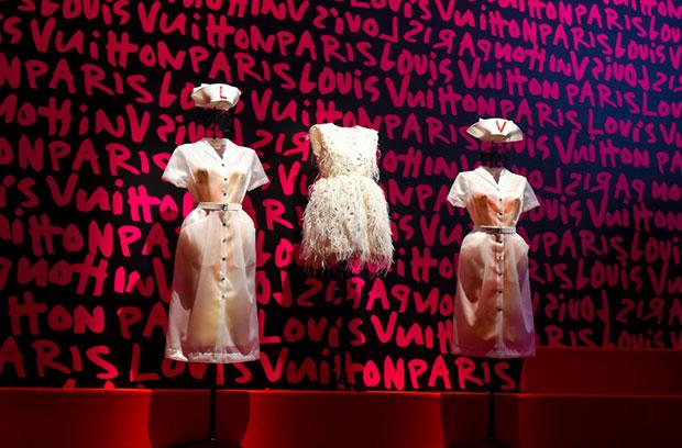 vishopmag-revista-escaparates-escaparatismo-visualmerchandising-retaildesign-tiendas-exhibition-mannequin-volez-voguez-voyagez-louis-vuitton-004
