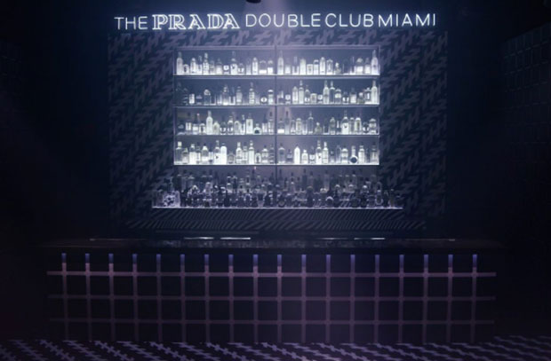 vishopmag-revista-escaparates-escaparatismo-visualmerchandising-retaildesign-tiendas-the-prada-double-club-miami-006