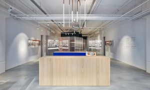 vishopmag-revista-escaparates-escaparatismo-visualmerchandising-retaildesign-escaparates-OS-&-OOS-ace-tate-una-optica--002