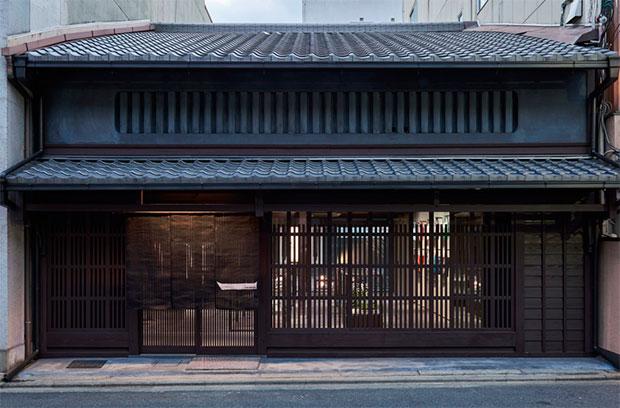vishopmag-revista-escaparates-escaparatismo-visualmerchandising-retaildesign-escaparates-miyake-fukusawa-001