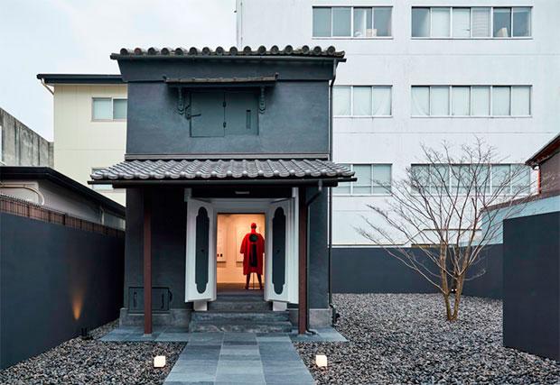 vishopmag-revista-escaparates-escaparatismo-visualmerchandising-retaildesign-escaparates-miyake-fukusawa-004