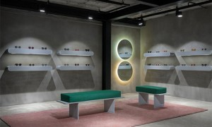 vishopmag-revista-escaparates-escaparatismo-visualmerchandising-retaildesign-escaparates-projekt-produkt-flagship-store-001