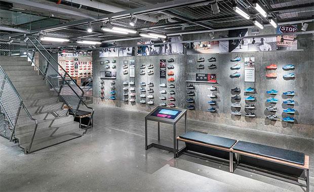 vishopmag-revista-escaparates-escaparatismo-visualmerchandising-retaildesign-adidas-flagshipstore-store-concept-00002