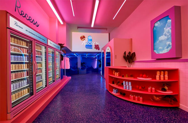 vishopmag-revista-escaparates-escaparatismo-visualmerchandising-windowdisplay-recess-pop-up-store-003