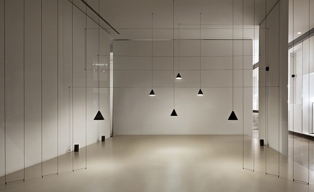 vishopmag-revista-escaparates-escaparatismo-visualmerchandising-retaildesign-michael-anastassiades-1