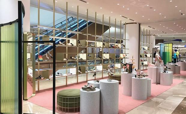 85b0e1974 vishopmag-galeries-lafayette-shanghai-concept-store-retail-design-