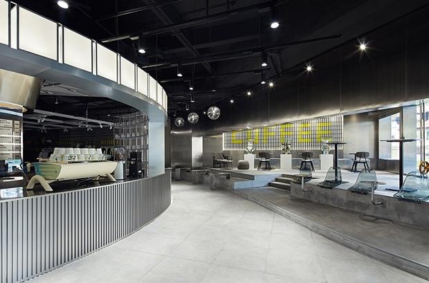 vishopmag-revista-diseno-retaildesign-escaparatismo-visualmerchandising-tiendas-tailor-wey-cafe-shangha01